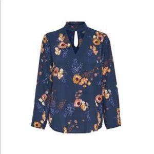Floral blouse size 36 (6)